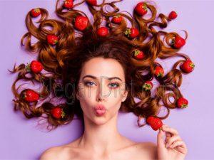 برای جلوگیری از ریزش مو چه ویتامین هایی بخوریم؟